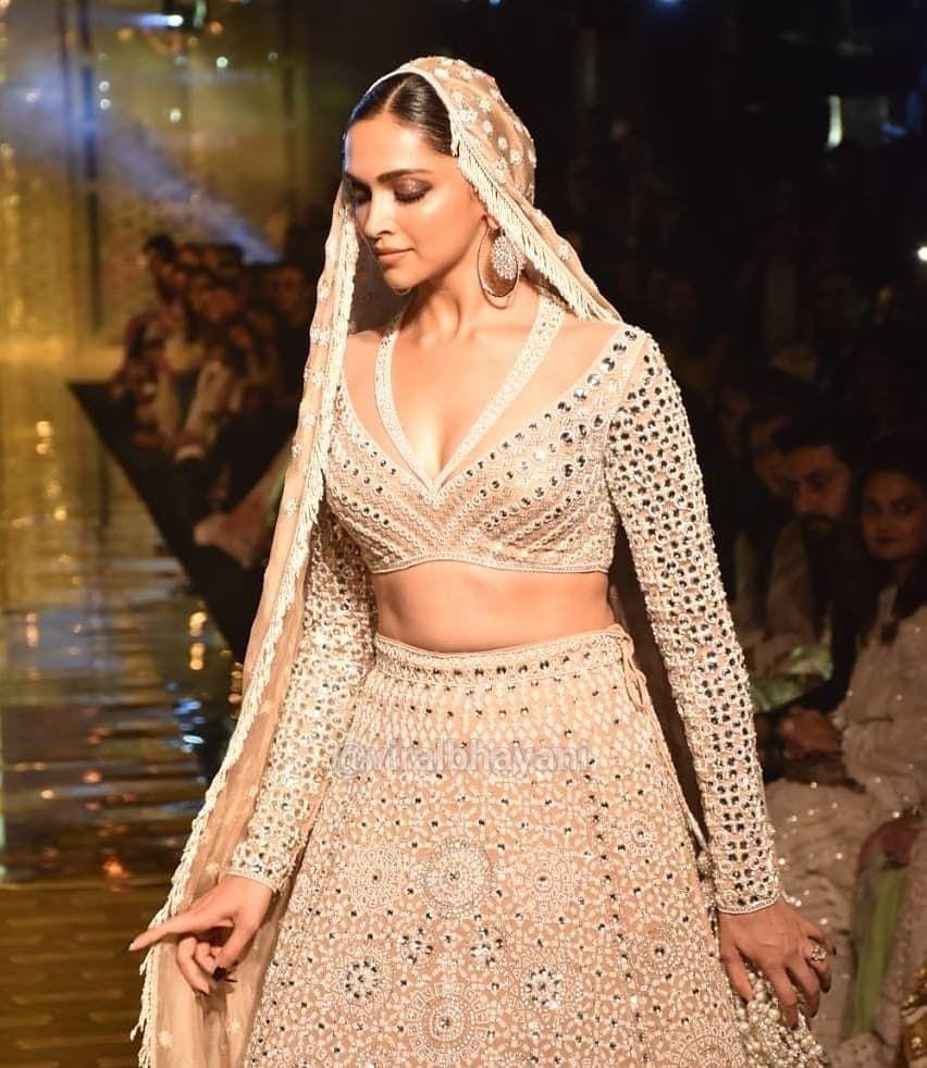 Bollywood actres Deepika Padukone