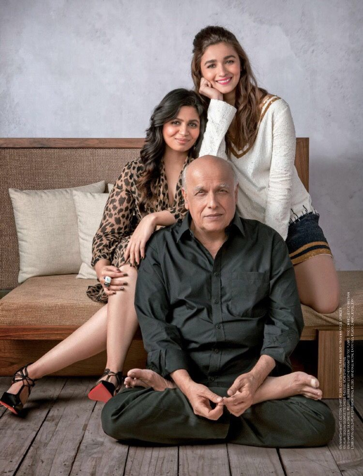 Mahesh Bhatt with Alia Bhatt and Shaheen Bhatt