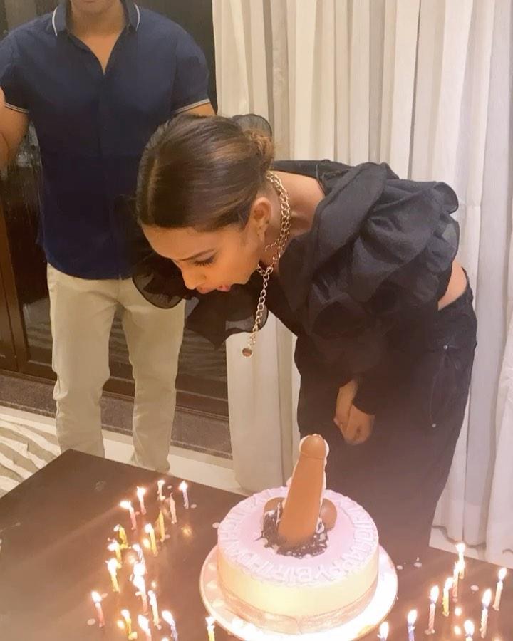 Nia Sharma birthday cake