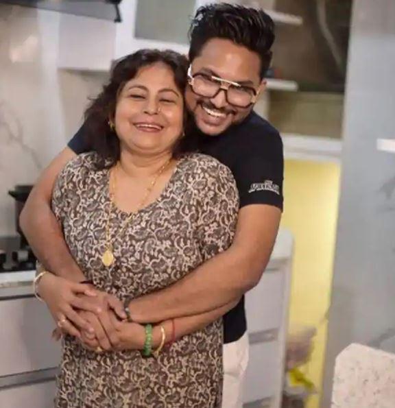 Jaan Kumar Sanu mother